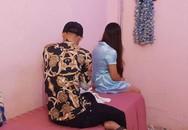 """Bắt quả tang nữ tiếp viên cơ sở massage """"tắm tiên"""" cùng khách"""