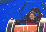 Nhanh như chớp nhí tập 1: Trả lời xuất sắc, bé 5 tuổi 'ẵm' ngay 10 triệu tiền thưởng