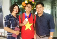 Nam sinh lớp 8 phố núi chinh phục hàng loạt giải thưởng Toán học
