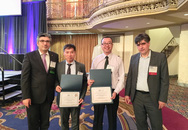 Anh trai nhà báo Tạ Bích Loan giành giải thưởng bài báo xuất sắc tại Mỹ