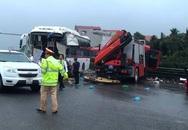 Vụ va chạm giữa xe cứu hỏa với xe khách: Một chiến sĩ cảnh sát đã tử vong