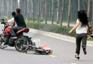 Đón ôtô lúc rạng sáng ở Sài Gòn, cô gái bị cướp