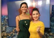 Đi muộn 1 tiếng, Hoa hậu H'hen Niê nói gì với MC Cát Tường và ê-kíp?