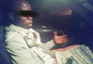 Nữ quái Zimbabwe đem rắn độc dọa đàn ông rồi... cưỡng bức