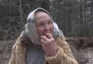 Bà cụ ăn cát trong hơn 10 năm để chữa u não