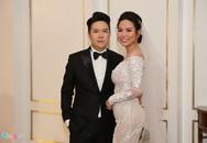 Lê Hiếu và vợ doanh nhân 9X tình tứ bên nhau tại đám cưới