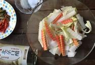 Có 1 cách làm rau củ trộn chua cay tuyệt ngon mà bạn nên học ngay để làm món tủ chống ngán Tết này