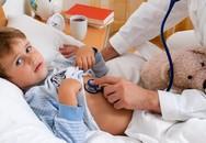 Bác sĩ, cha mẹ bất ngờ vì bé trai mới 5 tuổi đã dương tính với vi khuẩn HP