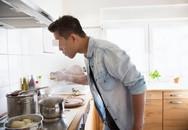 Nấu ăn nhưng quên làm một việc, người đàn ông khiến cả gia đình nhập viện
