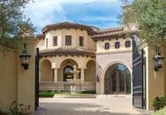 Biệt thự cổ điển với hàng ô liu tuyệt đẹp nơi sân vườn của 'công chúa thép' Trung Quốc