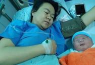 """Sản phụ ở Quảng Nam sinh bé trai nặng """"khủng"""""""