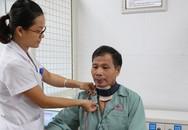 Bị liệt sau phẫu thuật, người đàn ông bất ngờ tìm được giọng nói