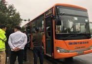 Nam thanh niên khóc lóc xin tha do kẹp 3 trên 'Dream chiến' rồi tông vỡ kính xe buýt