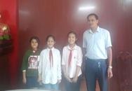 Hải Dương: Trên đường đi học, ba nữ sinh lớp 7 nhặt được gần 12 triệu đồng