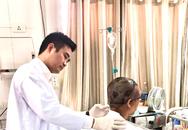 Hi hữu: Quấn tóc vào máy, nữ bệnh nhân bị lột da vùng đầu và nửa mặt