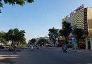 Can ngăn 2 cô gái đánh nhau ở Sài Gòn, 2 nhóm thanh niên hỗn chiến kinh hoàng trên phố