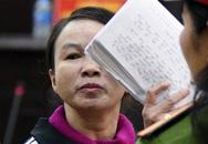 Mẹ nữ sinh giao gà: 'Gia đình mình không việc gì phải xấu hổ'