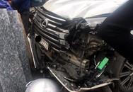 """Hà Nội: Xe Lexus biển số """"khủng"""" đâm một phụ nữ tử vong"""