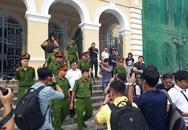Nguyễn Hữu Linh kêu oan bất thành, bị buộc ra bằng cửa chính