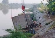 Hải Phòng: Đang trên bè sông, người chăn vịt bị xe đâm tử vong