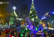 Nhà thờ Lớn Hà Nội lung linh, tấp nập trước đêm Giáng Sinh