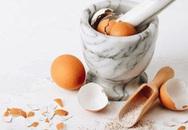 Làm trứng rán xong đừng vội vứt vỏ trứng đi, những tác dụng hay ho của nó sẽ khiến bạn ngạc nhiên đấy
