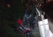 Xe khách chở đoàn học viên lớp chính trị cao cấp gặp nạn, 5 người bị thương