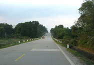 Hà Tĩnh: Người đàn ông bị xe ô tô cán tử vong khi đón cháu đi học về