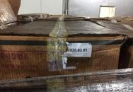 """Cận cảnh 25 tấn đùi gà tây xông khói Hàn Quốc rỉ nước và đang được """"hoá phép"""" tại KCN Quang Minh"""