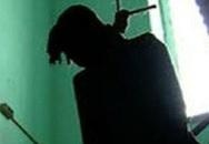 Bị phụ huynh tố cáo dâm ô với học sinh, chủ quán tạp hóa treo cổ tự tử?