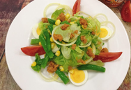 Cách làm salad cá ngừ mù tạt vàng