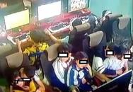 3 đôi học sinh ngồi bế nhau, ôm hôn trong quán net được cư dân mạng lan truyền