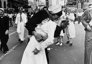 Người thuỷ thủ trong bức ảnh kinh điển 'nụ hôn ở Quảng trường Thời đại' đã qua đời