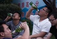 Trường đại học gây tranh cãi vì quy định cấm sinh viên uống rượu