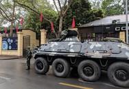 Hàng loạt xe bọc thép được triển khai tới gần khách sạn Melia