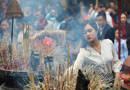 Người dân Hà Nội - Sài Gòn nhộn nhịp đi lễ chùa đầu năm