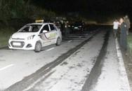 Bắt hai đối tượng người nước ngoài khống chế tài xế, cướp taxi ở Lào Cai