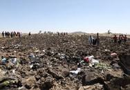 Máy bay Ethiopia bốc khói, lượn gấp trước khi lao xuống đất