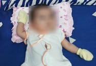 Bé gái sơ sinh bị mẹ bỏ rơi được chủ tịch phường nuôi dưỡng, sau 2 tháng có người tự nhận là bố xin đón về