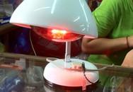 Nguy hiểm khi tự ý dùng đèn hồng ngoại 'đau đâu, chiếu đó' khỏi cần bác sĩ