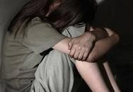 Lợi dụng sự thân thiết, nam thanh niên liên tục dâm ô bé gái