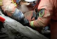 Cứu hộ tay không đào đất, cứu bé 8 tuổi dưới tòa nhà sập
