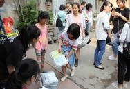 """Chương trình """"đổi giấy lấy cây"""" thu hút cả nghìn bạn trẻ tham dự"""
