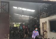 300 người khoan cắt, tìm kiếm thi thể nạn nhân thứ 8 vụ cháy nhà xưởng ở Hà Nội
