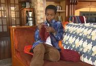 Cậu bé 11 tuổi kiếm cả tỉ đồng với công ty đan len