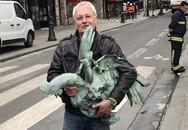 Tìm thấy tượng gà trống mang thánh tích của Nhà thờ Đức Bà Paris