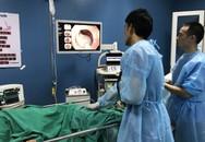 Đau đớn cảnh bé 12 tuổi đã lên bàn mổ loại bệnh ung thư khiến 8.000 người chết