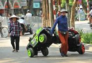 Dịch vụ cho thuê xe ô tô điện đồ chơi phố đi bộ Hồ Gươm kiếm bạc triệu những ngày cuối tuần
