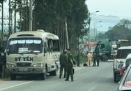 Va chạm kinh hoàng giữa xe đầu kéo với xe khách, 5 người thương vong