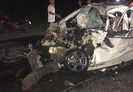 Hà Nội: Tài xế ô tô tử vong sau cú va chạm kinh hoàng với xe tải